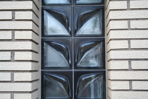 Glass block in reverse