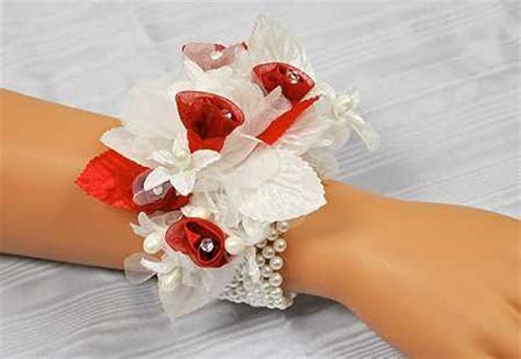White Pearl Stretchable Wrist Corsage Bracelet   Corsage