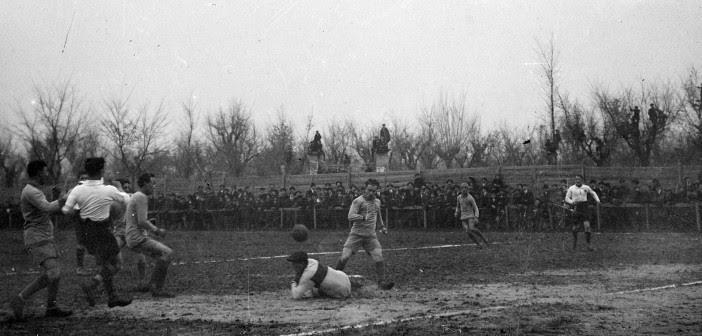 Jucunditas-Modena 1-0 (0-0), Carpi, Campo Porta Mantova, 8 dicembre 1914. Setti in uscita salvasu Secchi.
