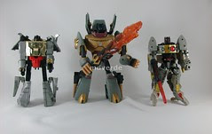 Transformers Grimlock Animated Voyager vs. G1 vs. Classics (by mdverde)