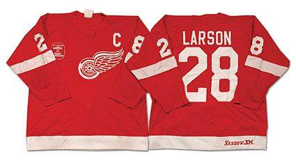 Detroit Red Wings 1981-82 jersey photo Detroit Red Wings 1981-82 jersey.jpg