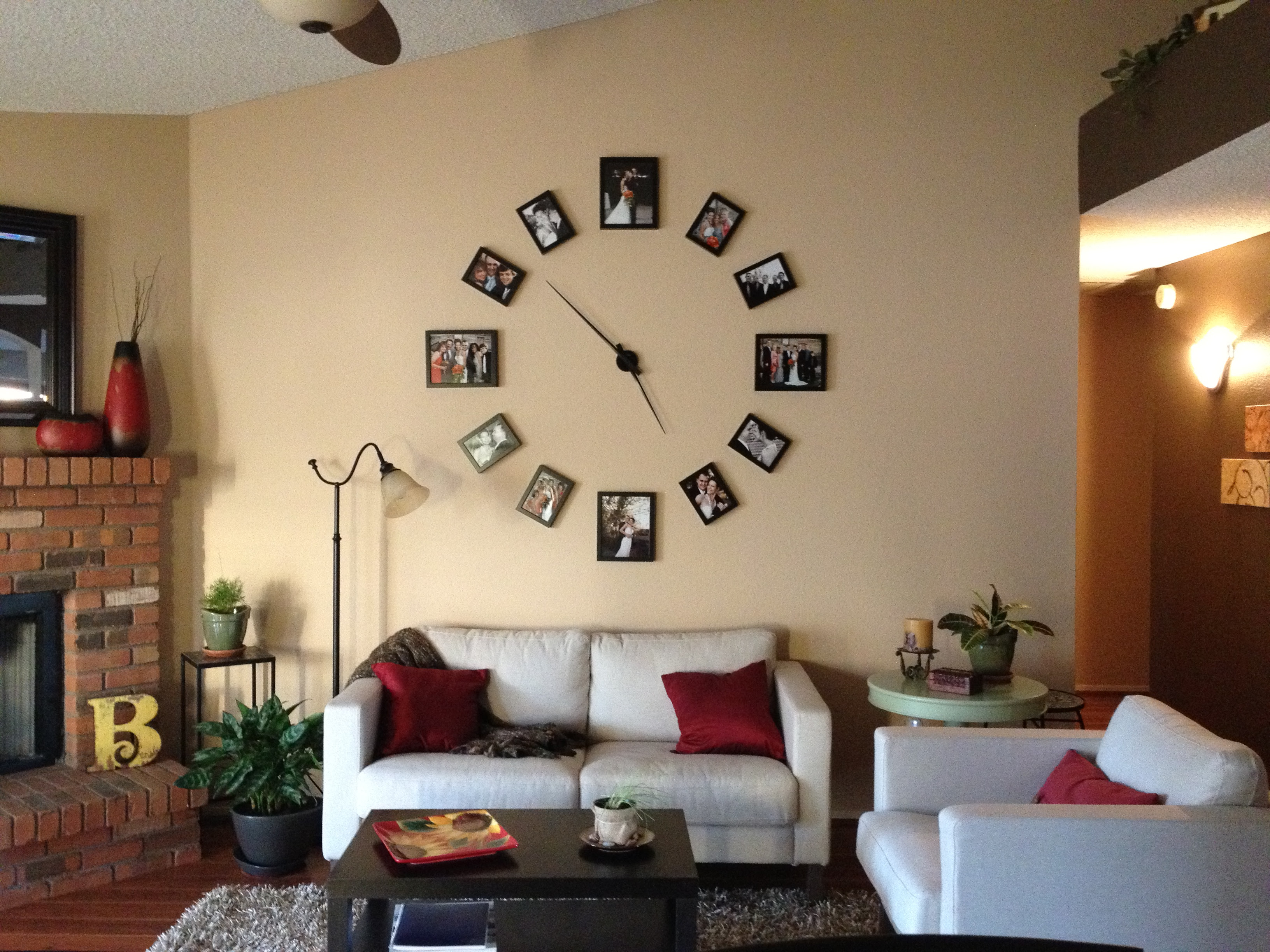 Cool Wall Clock Photo Display | Jenna Bishop Photography