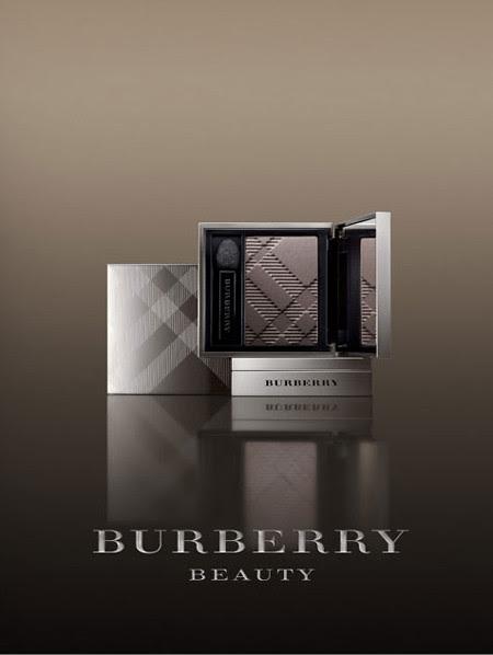 Burberry-Fall-2010-Beauty-Campaign