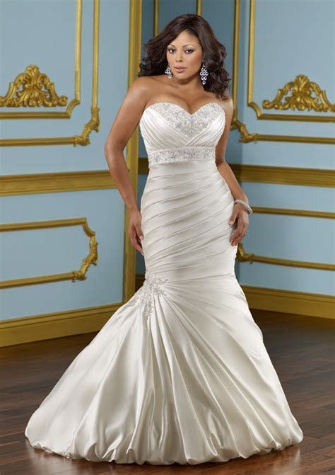 Style 4 Curves   For the Curvy Confident Woman: Plus Size