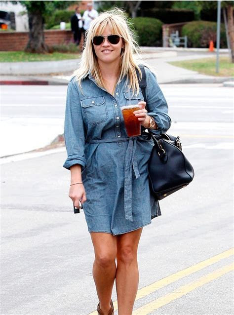 Celebrity style   Reese Witherspoon in Gap   Woman And Home