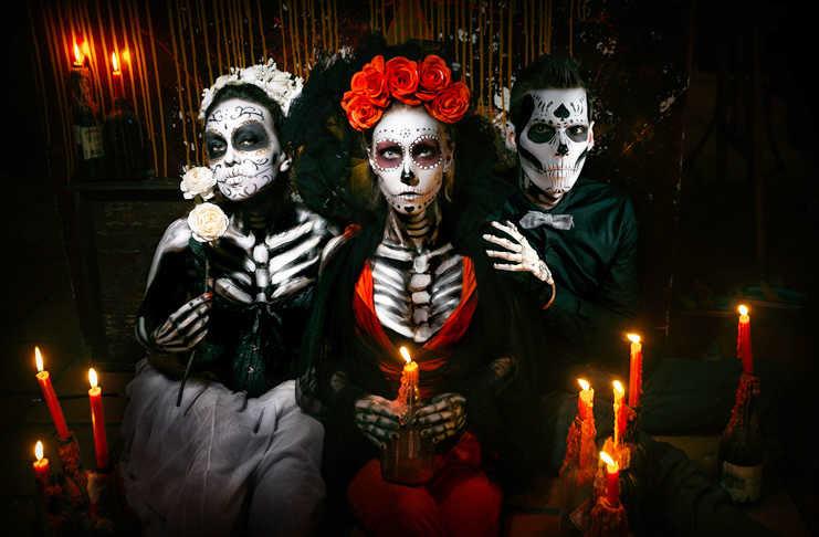 Desfile De Catrinas Por Reforma Para Celebrar Día De Muertos