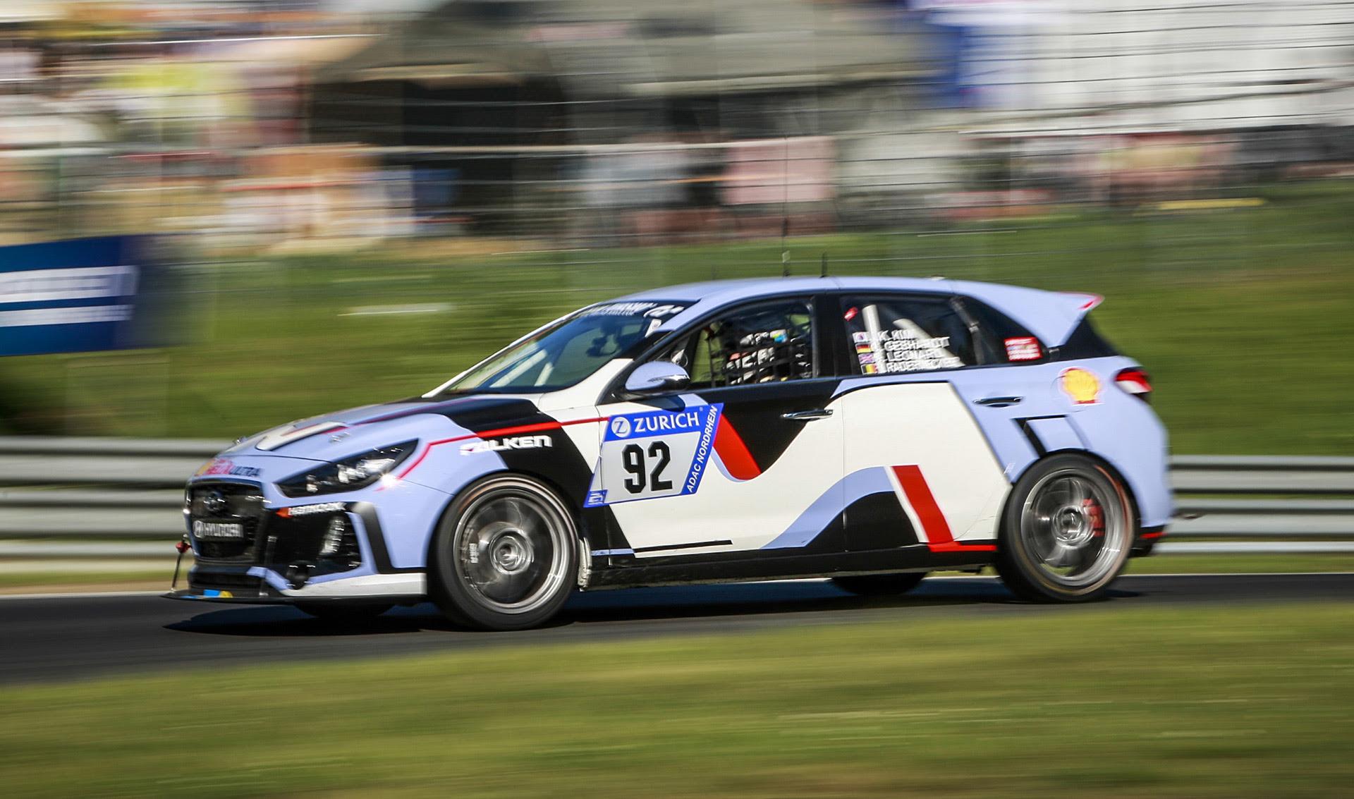 Hyundai i30 N survives 24 Hours Nürburgring race