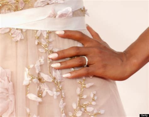 Kerry Washington Wears Wedding Ring To The Emmys, But Her