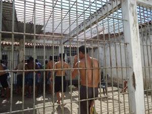 'Gaiolão' é espaço utilizado por detentos para banho de sol (Foto: Divulgação/MPMA)