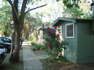 view of cabins at Slatter's Court, Davis CA