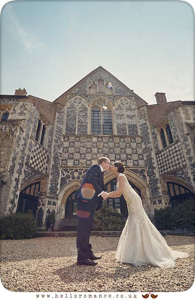 Kiss at Butley Priory - www.helloromance.co.uk
