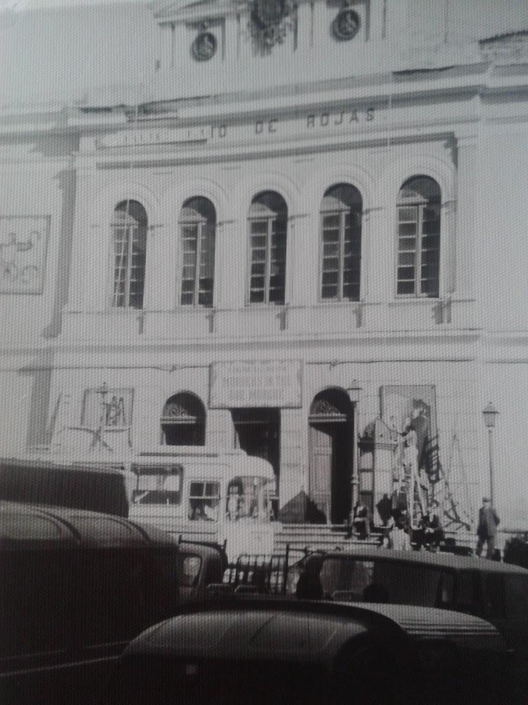 Teatro de Rojas transformado para la película Murders in the Rue Morgue el 27 de octubre de 1970. Cortesía de Lola Magano