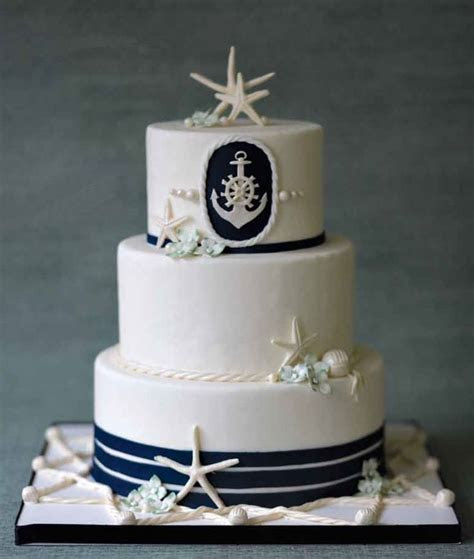 Nautical Wedding Cake. Lie the starfish on it but not the