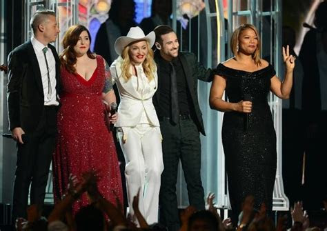 Grammys plays host to mass straight and same sex wedding