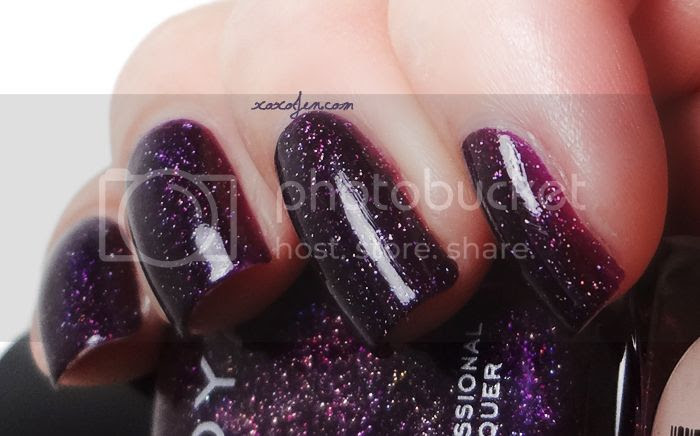 xoxoJen's swatch of Zoya Payton