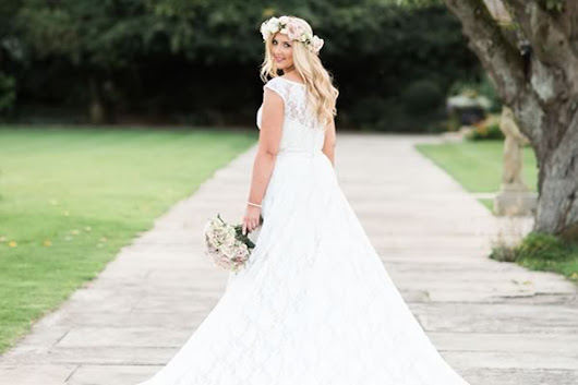 How To Choose The Perfect Wedding Dress • Wedding Ideas magazine