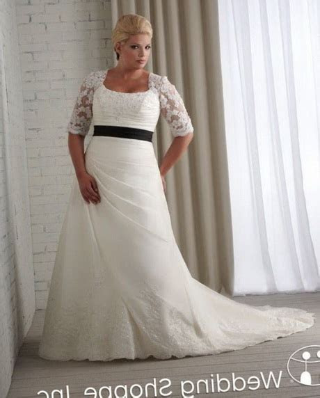 Full figured wedding dresses with sleeves