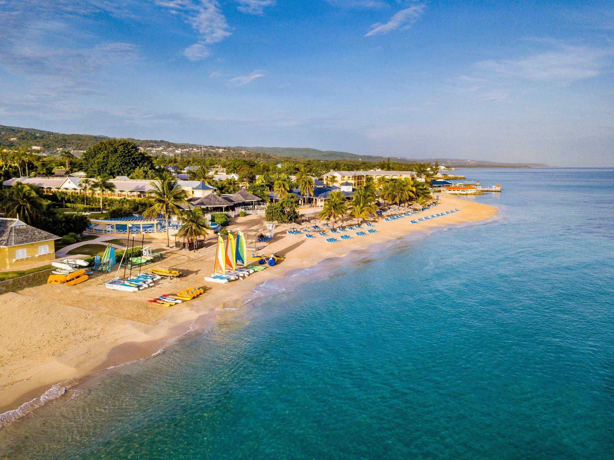 Jewel Runaway Bay Beach and Golf Resort Runaway Bay