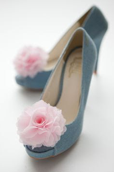 Chiffon flower shoe clips- These come in a ton of colors that you simply add to your shoe to dress it up for that special occasion!  I love these, simple and clever!  Can purchase via this etsy site, or be creative and make your own!