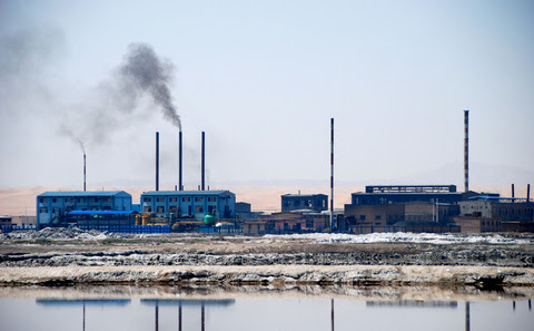 Chinese factory owners lament loss of blue sky and clean water | Steven Zhang  - China Dialogue