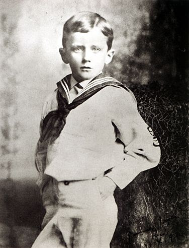 File:James Joyce age six, 1888.jpg