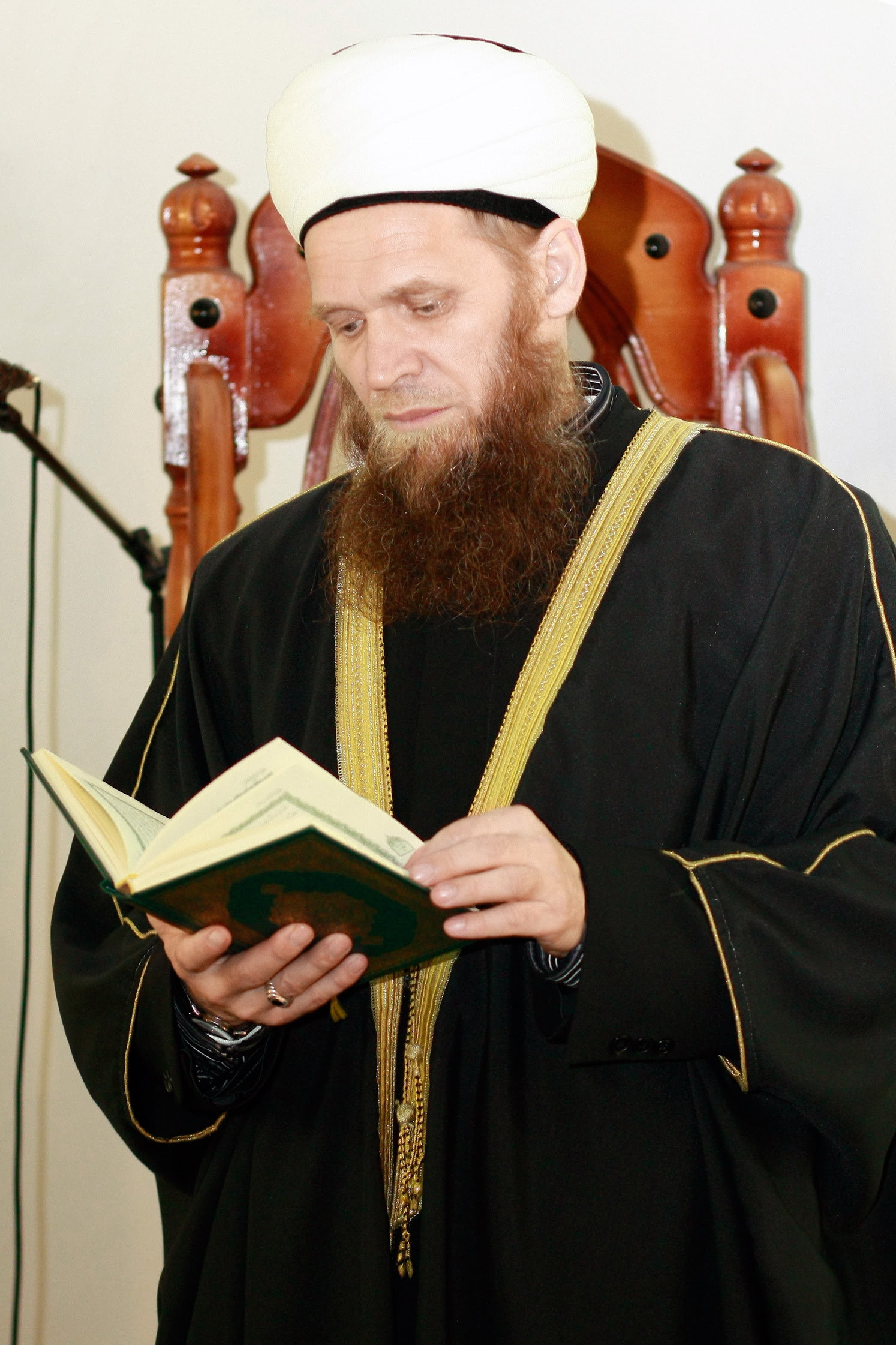 Таир Сайфутдинов