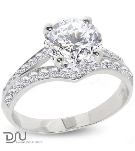 2.33 carat E SI1 Round Solitaire Diamond Engagement Ring
