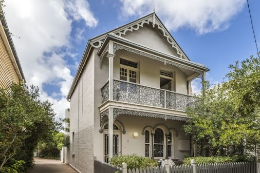 Why Sydney buyers are looking towards Newcastle.  With the median house price standing at $540, 500 ...