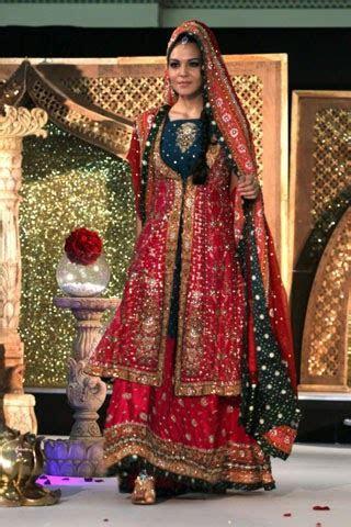 Fashion Tips Box: Pakistani Designers Bridal Collection 2011