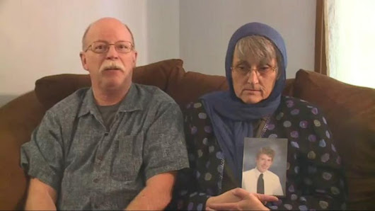 Video: Parents of American ISIS Hostage Make Emotional Plea