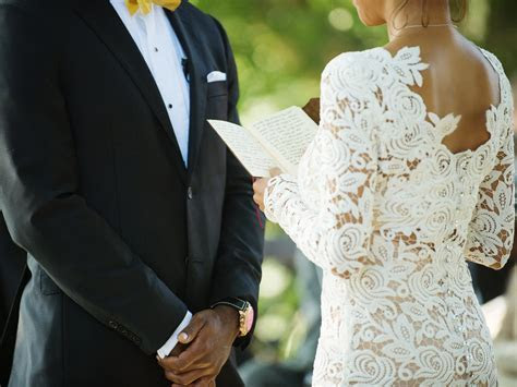 Five Reasons Why You Need To Write Your Own Wedding Vows