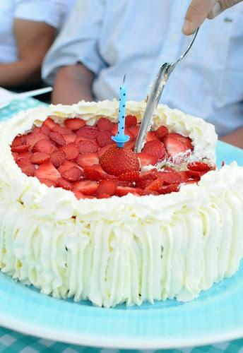 strawberry-dulcedelechecake