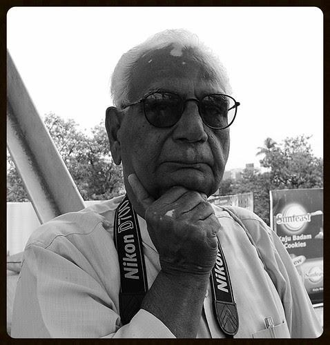 Mr PK Bhatia Veteran Photographer of Mumbai by firoze shakir photographerno1