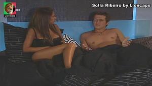 Sofia Ribeiro super sensual na novela Meu Amor