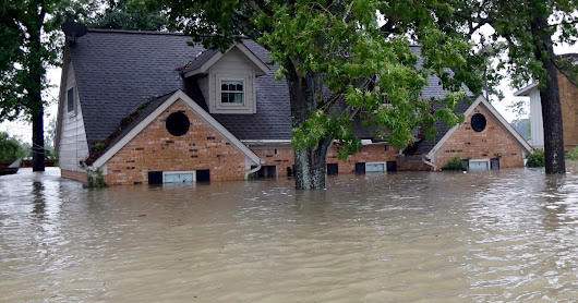 About 80% of Hurricane Harvey victims do not have flood insurance, face big bills