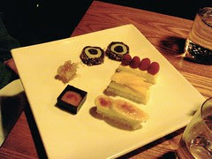Dessert that looks like sushi