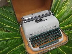 Typewriter 001