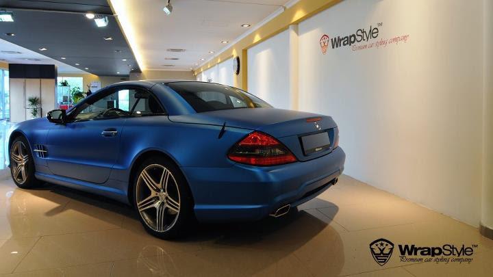 Mercedes R230 SL in Matte Electric Blue - autoevolution