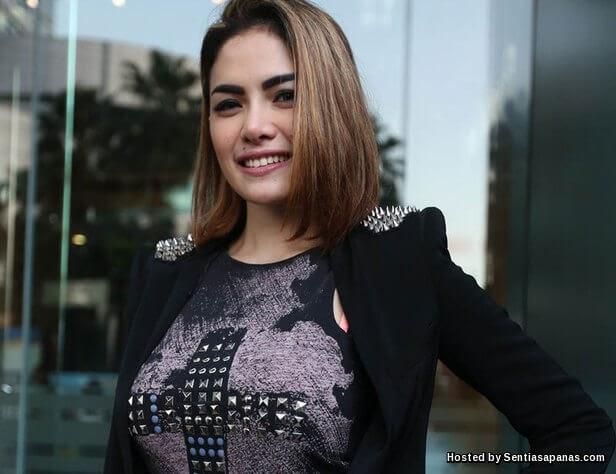 3 Film Horor Seksi Yang Pertemukan Nikita Mirzani: 'Harga' Payu Dara Nikita Mirzani RM266,000!
