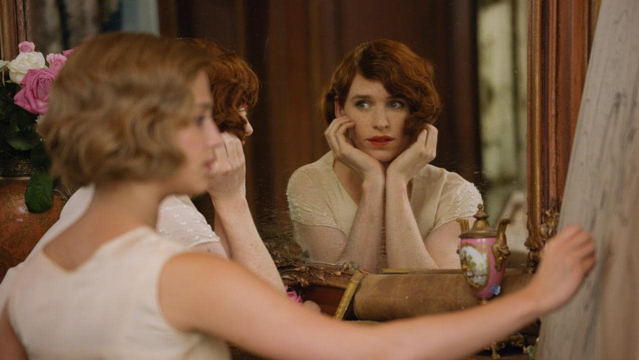 Alicia Vikander and Eddie Redmayne in 'The Danish Girl'
