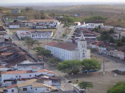 Castro Alves: prefeitura mantém contrato ilegal com empresa em dissolução e fere Lei Federal