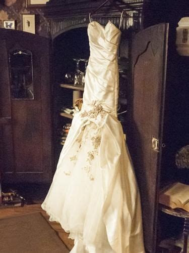 Freya?s wedding dress on Witches of East End.   Vows