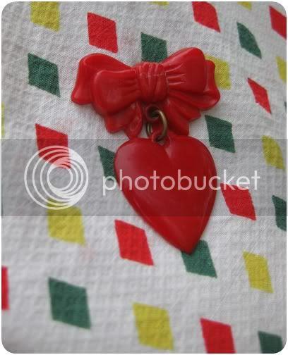 vintage plastic heart brooch