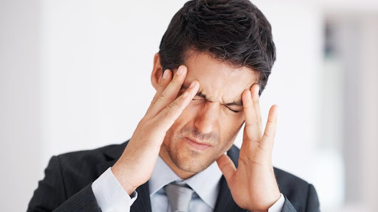 Suffering from constant headaches and eyestrain? Get your eyes checked!