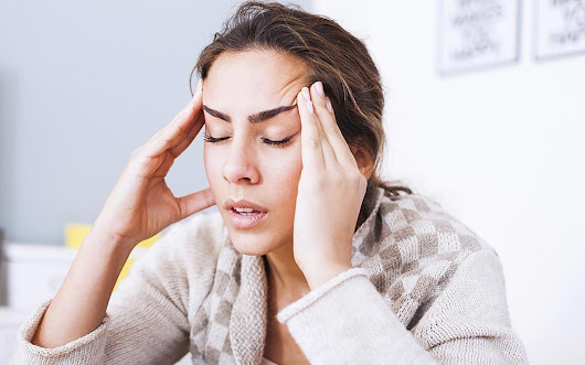 Is Your Headache Pain A Sign of Something A Lot More Serious | Reader's Digest