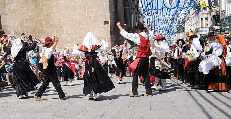 St John Feast Dancing (2)