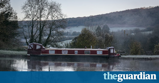 Scotland set for snowfall as wintry chill arrives | UK news | The Guardian