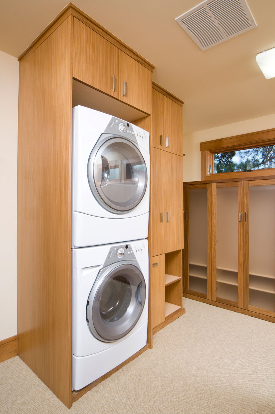 Motivo Interiors | Custom Laundry Pantries & Utility Rooms In ...
