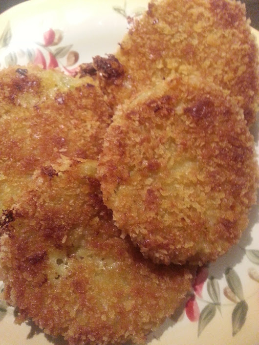 "Special of the Day: Crunchy and Healthier ""Baked"" Fried Green Tomatoes with a Side of Fiction"