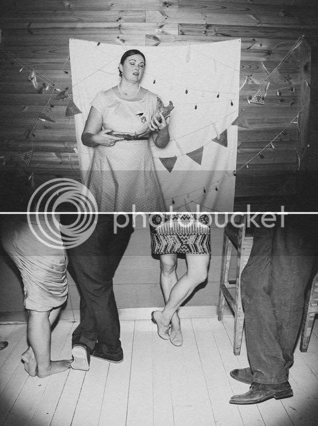 http://i892.photobucket.com/albums/ac125/lovemademedoit/welovepictures%20blog/CC_OldMacDaddy_Elgin_Wedding__110.jpg?t=1355209078